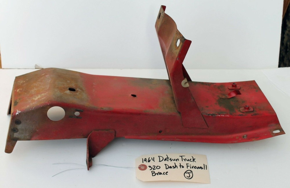 1962 - 1964 Datsun 320 Truck Dash to Firewall Brace J